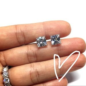 Jewelry - Sterling Silver Crystal CZ Stud Earring
